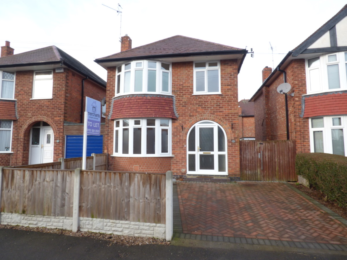 23 St Austell Drive , Wilford , Nottingham NG11 7BN